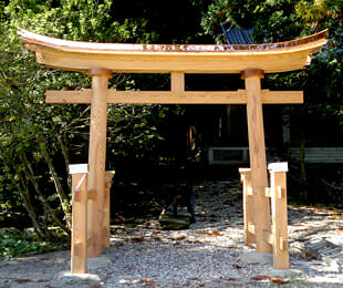 鳩谷八幡神社(Before)